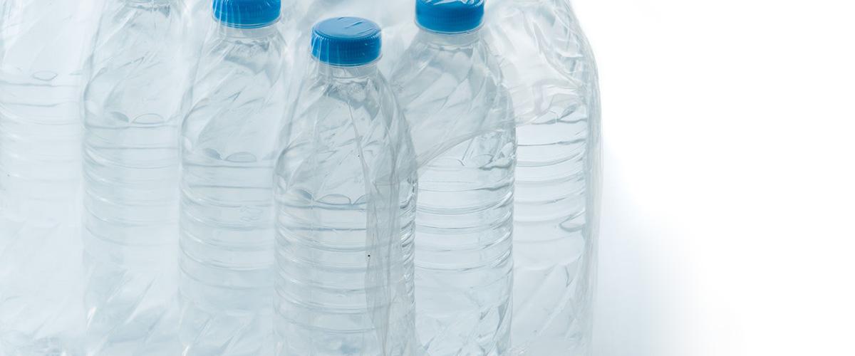 Gefilterd kraanwater - plastiek flessen water