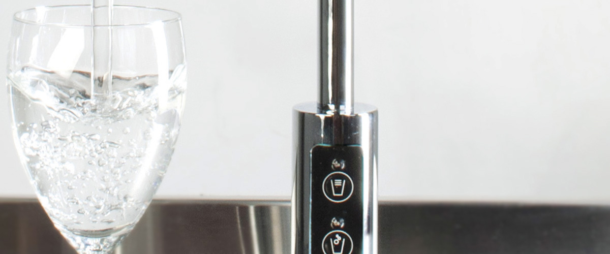 Waterkoeler met spuitwater - drinkwatersysteem