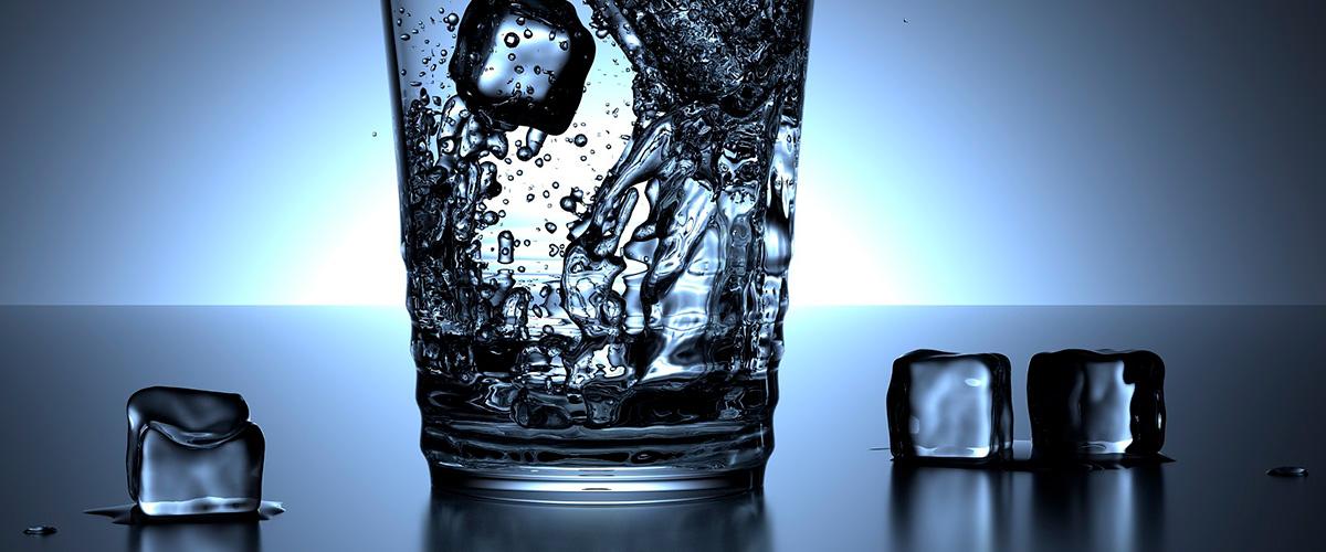 Waterkoeler met bruisend water - drinkwaterkraan